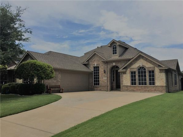 4 bed 2 bath Single Family at 4101 Calloway Dr Mansfield, TX, 76063 is for sale at 340k - 1 of 25