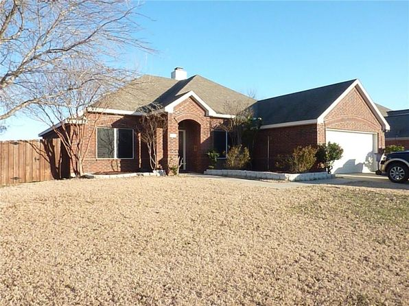 4 bed 2 bath Single Family at 1001 JERRY ST AUBREY, TX, 76227 is for sale at 260k - 1 of 20