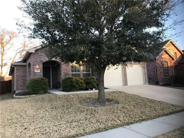 3 bed 2 bath Single Family at 1925 Highland Oaks Dr Wylie, TX, 75098 is for sale at 246k - 1 of 27