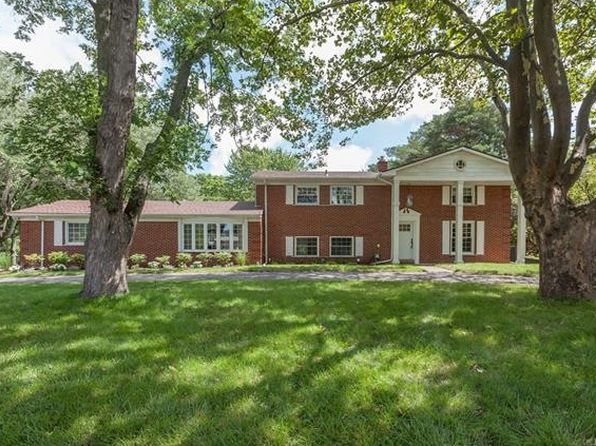 4 bed 2.5 bath Single Family at 818 Allston Dr Rochester Hills, MI, 48309 is for sale at 340k - 1 of 23