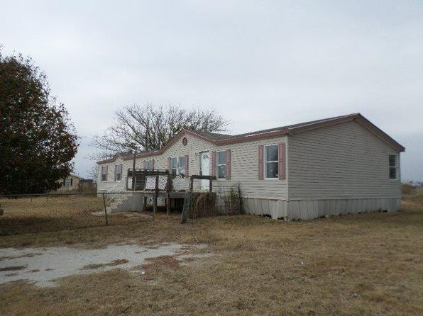 5 bed 3 bath Mobile / Manufactured at 8050 Doyle Rd Krum, TX, 76249 is for sale at 122k - 1 of 14