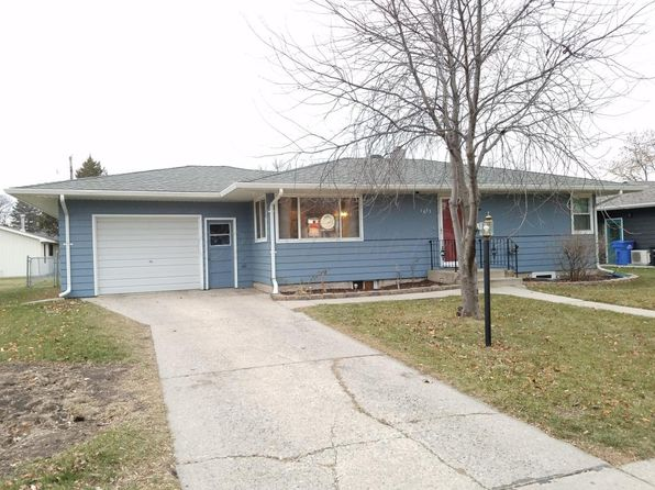3 bed 2 bath Single Family at 1833 16 1/2 St S Fargo, ND, 58103 is for sale at 190k - 1 of 28