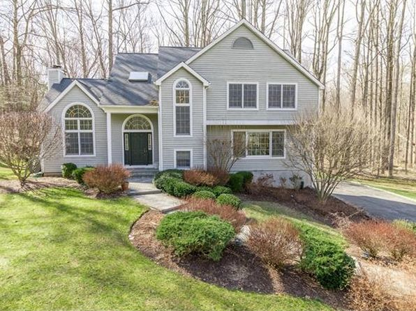 4 bed 3 bath Single Family at 700 Erin Ct Ossining, NY, 10562 is for sale at 769k - 1 of 24