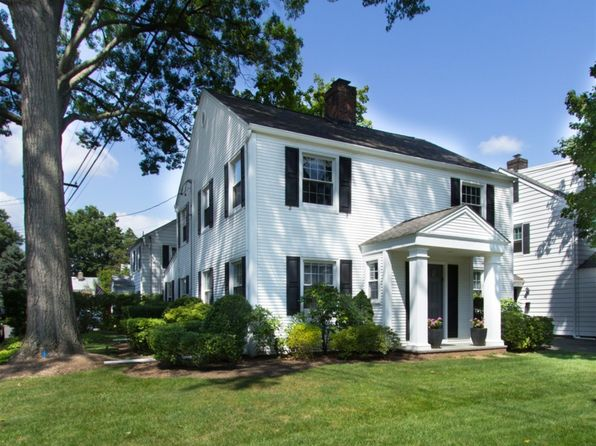 4 bed 3 bath Single Family at 330 Howard Ave Fair Lawn, NJ, 07410 is for sale at 599k - 1 of 26