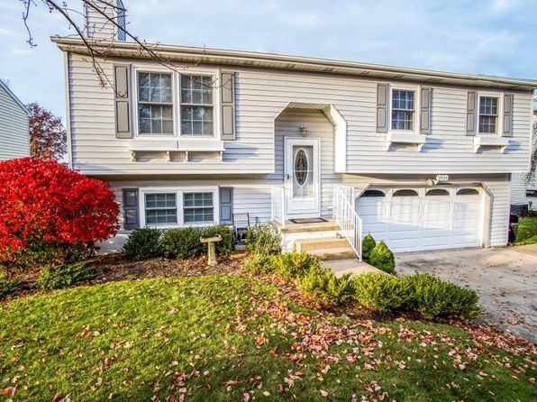 3 bed 2 bath Single Family at 2924 W 42nd St Erie, PA, 16506 is for sale at 180k - 1 of 18