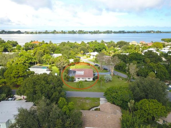3 bed 3 bath Single Family at 105 Bay Ave Osprey, FL, 34229 is for sale at 440k - 1 of 21