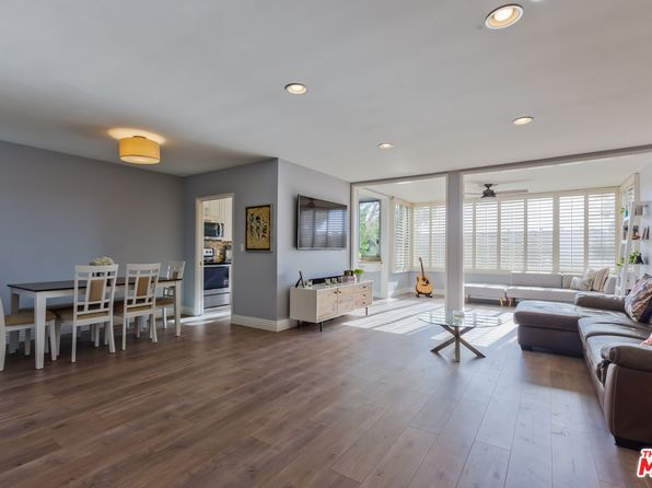 2 bed 2 bath Condo at 8701 Delgany Ave Playa Del Rey, CA, 90293 is for sale at 725k - 1 of 21