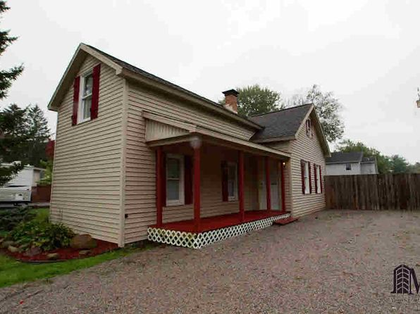 2 bed 1 bath Single Family at 196 E Walnut St Petersburg, MI, 49270 is for sale at 115k - 1 of 33