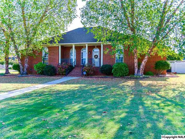 3 bed 2 bath Single Family at 10 Eagle Wing Dr Decatur, AL, 35603 is for sale at 240k - 1 of 50