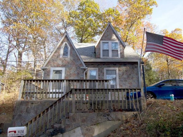4 bed 2 bath Single Family at 35 Mckinley Ave Valhalla, NY, 10595 is for sale at 449k - 1 of 12