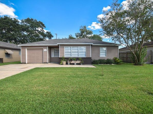 3 bed 1 bath Single Family at 2217 Basket St Pasadena, TX, 77502 is for sale at 140k - 1 of 32