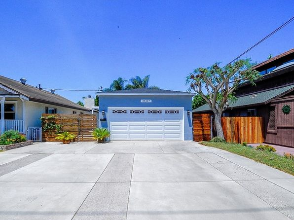2 bed 1 bath Single Family at 25117 Pennsylvania Ave Lomita, CA, 90717 is for sale at 576k - 1 of 26