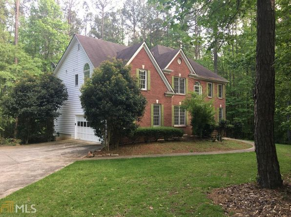 4 bed 4 bath Single Family at 1690 Petticoat Ln SW Lilburn, GA, 30047 is for sale at 300k - 1 of 30
