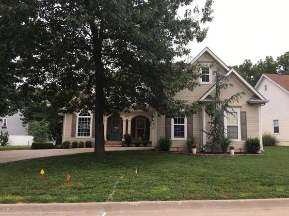 3 bed 3 bath Single Family at 2807 Sparkling Waters Ct Joplin, MO, 64801 is for sale at 230k - 1 of 29