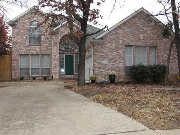 3 bed 3 bath Single Family at 1200 Wooded Creek Cir Lewisville, TX, 75067 is for sale at 320k - 1 of 15