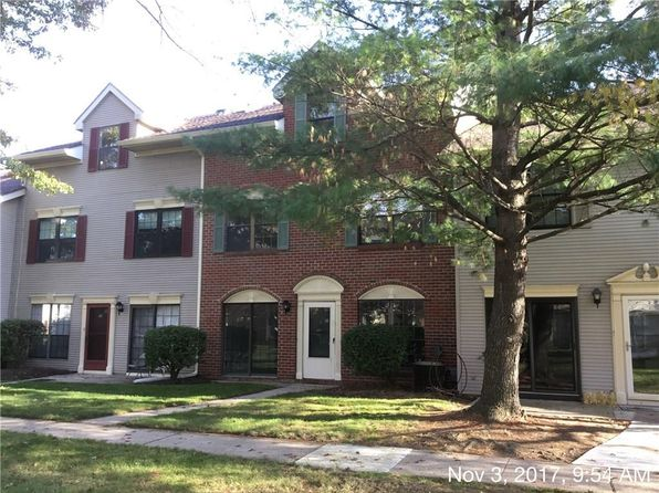 3 bed 3 bath Townhouse at 28 Drewes Ct Lawrence Township, NJ, 08648 is for sale at 195k - 1 of 10