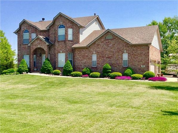 4 bed 3 bath Single Family at 5316 Quercus Grove Rd Edwardsville, IL, 62025 is for sale at 345k - 1 of 39