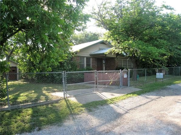3 bed 1 bath Single Family at 112 Seminole Trl Whitney, TX, 76692 is for sale at 119k - 1 of 22