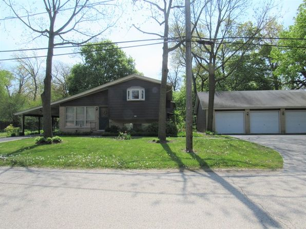 4 bed 4 bath Single Family at 617 N Lakeview Dr Round Lake, IL, 60073 is for sale at 175k - 1 of 25