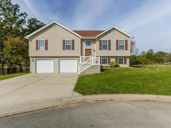 3 bed 3 bath Single Family at 190 Village Circle Dr Winfield, MO, 63389 is for sale at 155k - 1 of 30