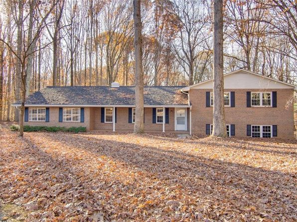 3 bed 2 bath Single Family at 6410 Forest Creek Cir Kernersville, NC, 27284 is for sale at 215k - 1 of 27