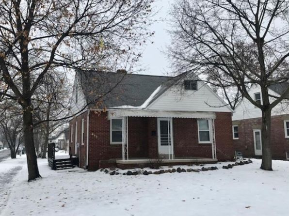 3 bed 1 bath Single Family at 839 Washington Ave Cuyahoga Falls, OH, 44221 is for sale at 95k - 1 of 16
