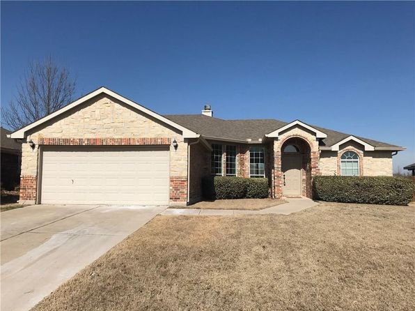 3 bed 2 bath Single Family at 321 Sagebrush Ln Waxahachie, TX, 75165 is for sale at 230k - 1 of 15