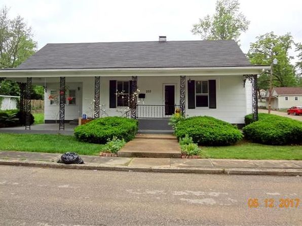 3 bed 2 bath Single Family at 203 S Spruce St Bonne Terre, MO, 63628 is for sale at 105k - 1 of 14