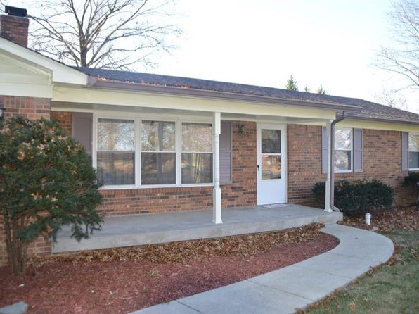 3 bed 3 bath Single Family at 29 E Hickory Ln Indianapolis, IN, 46227 is for sale at 177k - 1 of 34
