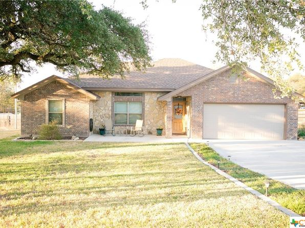 3 bed 2 bath Single Family at 106 Susan St Gatesville, TX, 76528 is for sale at 165k - 1 of 30