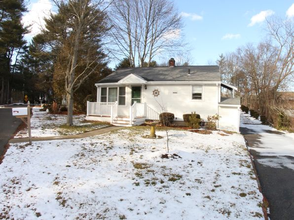 2 bed 1 bath Single Family at 27 Thomas St Stoughton, MA, 02072 is for sale at 239k - 1 of 17