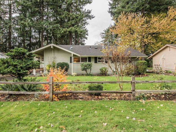 3 bed 1 bath Single Family at 707 SE 137th Ave Portland, OR, 97233 is for sale at 265k - 1 of 19