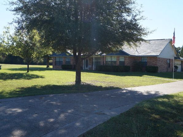 3 bed 3 bath Single Family at 207 Country Ln Malakoff, TX, 75148 is for sale at 190k - 1 of 35