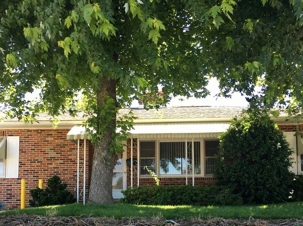 3 bed 1 bath Single Family at 505 S Pine St Red Lion, PA, 17356 is for sale at 95k - 1 of 11