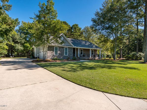 3 bed 2 bath Single Family at 1201 Pine Valley Dr New Bern, NC, 28562 is for sale at 275k - 1 of 20