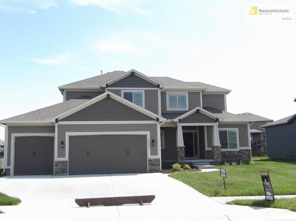 4 bed 4 bath Single Family at 6603 NW 104th Ter Kansas City, MO, 64154 is for sale at 390k - 1 of 19