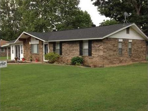 3 bed 2 bath Single Family at 116 Hall St Paris, AR, 72855 is for sale at 90k - 1 of 11
