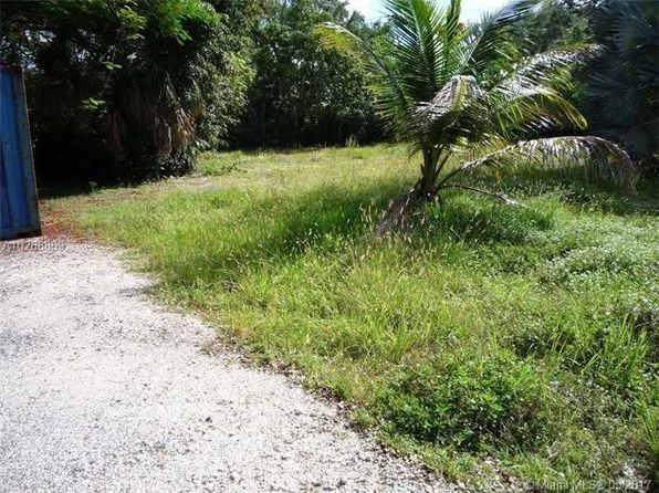 3 bed null bath Vacant Land at 5989 SW 80th St Miami, FL, 33143 is for sale at 597k - 1 of 4