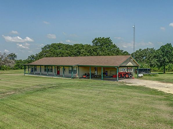 3 bed 2.5 bath Single Family at 16253 Macey Rd Hearne, TX, 77859 is for sale at 320k - 1 of 32