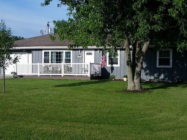 3 bed 1 bath Single Family at 2269 Royal Palm Ave Defiance, OH, 43512 is for sale at 99k - 1 of 16