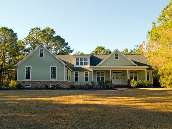 4 bed 3 bath Single Family at 10 Grande Oaks Way Beaufort, SC, 29907 is for sale at 505k - 1 of 41