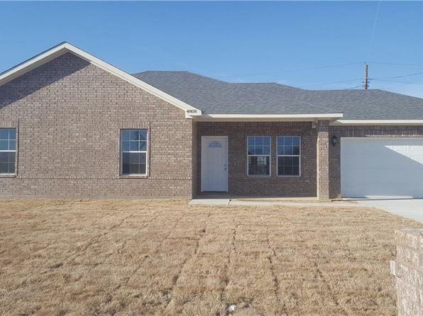 3 bed 2 bath Single Family at 4804 Henry St Greenville, TX, 75401 is for sale at 160k - 1 of 19