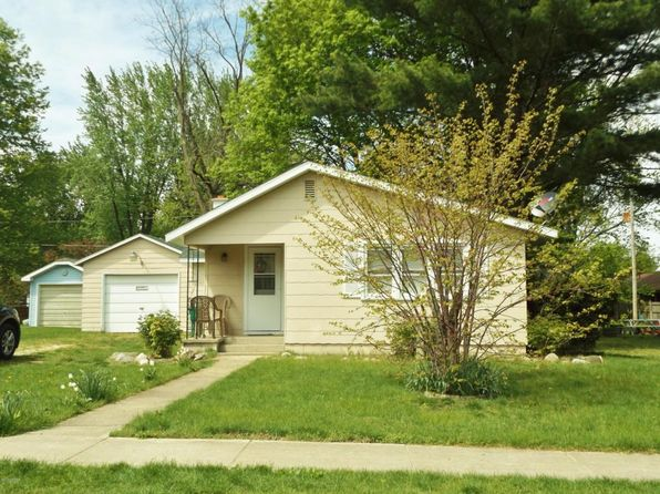 1 bed 1 bath Single Family at 311 E Michigan Ave White Pigeon, MI, 49099 is for sale at 56k - 1 of 5