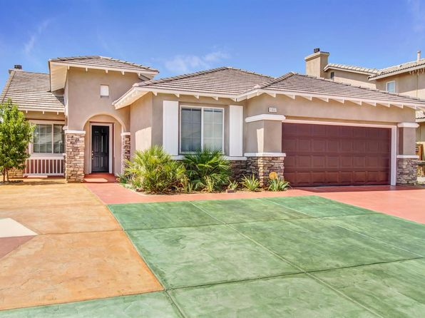 5 bed 3 bath Single Family at 11837 WALLFLOWER CT ADELANTO, CA, 92301 is for sale at 255k - 1 of 26