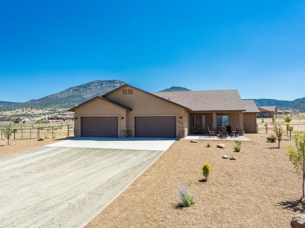 3 bed 2 bath Single Family at 9145 N Casa Norte Dr Prescott Valley, AZ, 86315 is for sale at 435k - 1 of 27