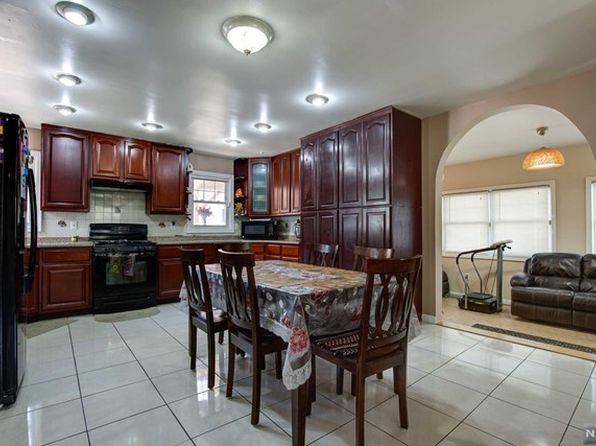 5 bed 5 bath Single Family at 831 4th St Secaucus, NJ, 07094 is for sale at 725k - 1 of 15