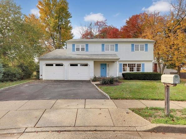4 bed 3 bath Single Family at 12 Cypress Ct Edison, NJ, 08820 is for sale at 500k - 1 of 24