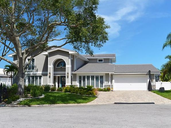 5 bed 4 bath Single Family at 302 Buttonwood Ln Largo, FL, 33770 is for sale at 1.80m - 1 of 25