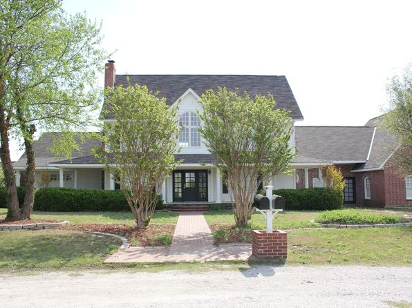 4 bed 3 bath Single Family at 1600 Red Maple Rd Fort Gibson, OK, 74434 is for sale at 475k - 1 of 49