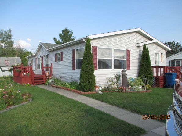 3 bed 2 bath Mobile / Manufactured at 86 Sugar Maple E Davison, MI, 48423 is for sale at 18k - 1 of 10